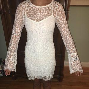 Dresses & Skirts - Long sleeve white lace dress